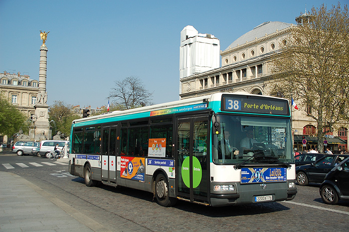 Autobuses en París
