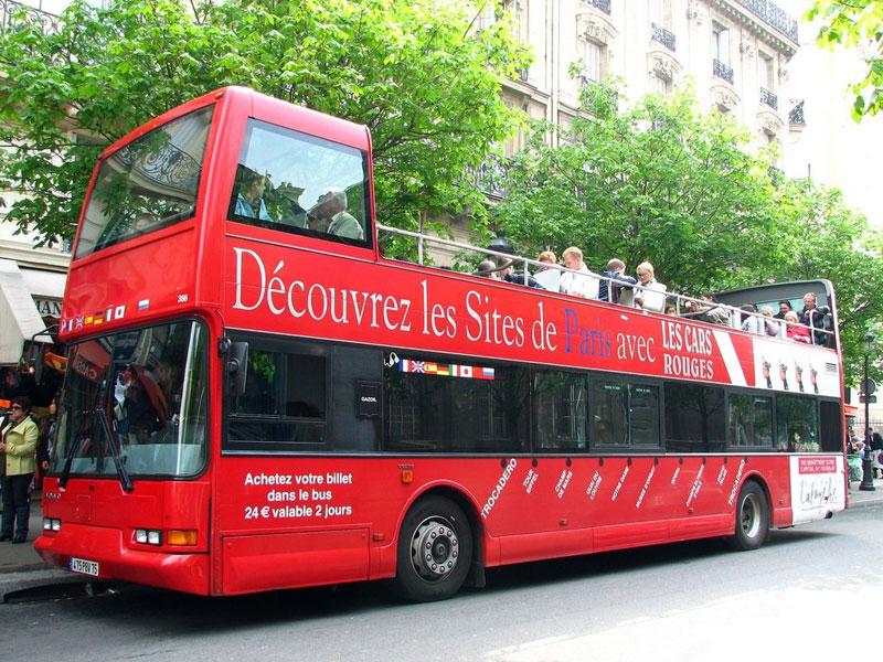 Autobuses turísticos en París