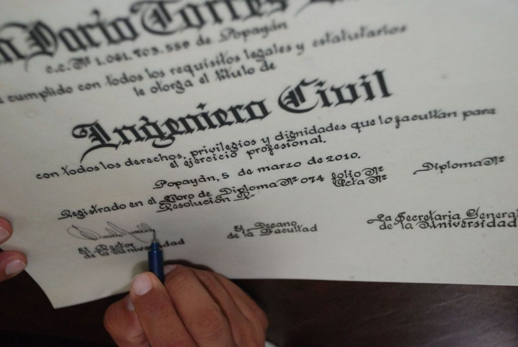 Títulos y diplomas en Francia