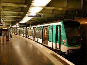 Estación y Metro de París